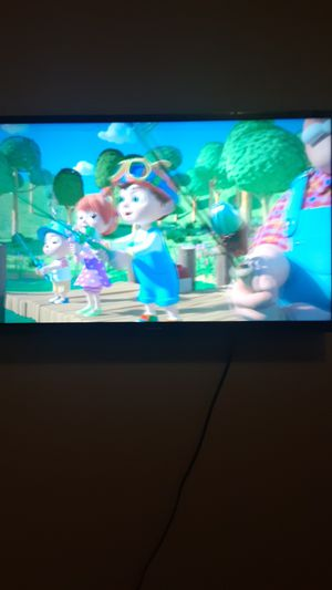 32 Inch smart tv for Sale in Seattle, WA