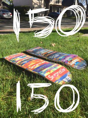 Brand New Supreme Distorted Skateboard Skate Deck Set Box Logo for Sale in Los Altos, CA
