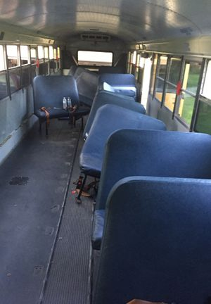 28 School bus seats FREE for Sale in CHAMPIONS GT, FL
