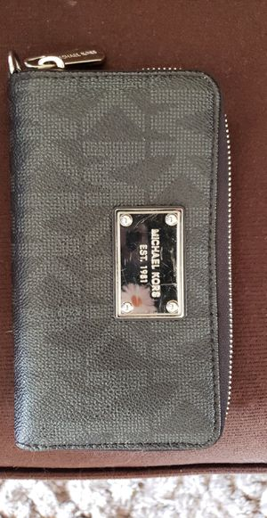 Small wallet for Sale in Plymouth, MI