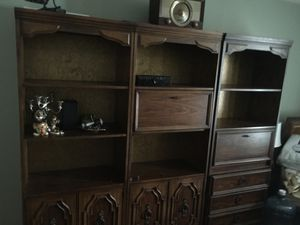 3 pc solid wood bookshelves, very good condition for Sale in Chicago, IL