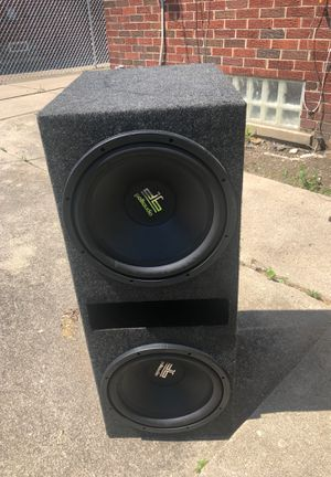 Polk audio speakers for Sale in Detroit, MI