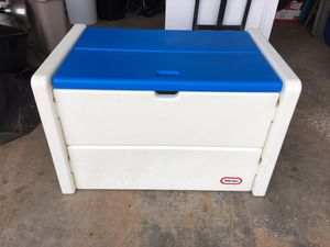 Little Tykes toy box. for Sale in Cheyenne, WY