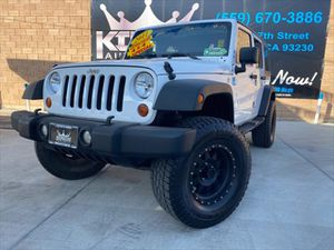2011 Jeep Wrangler Unlimited for Sale in Hanford, CA