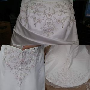 David's Bridal wedding dress for Sale in Olympia, WA