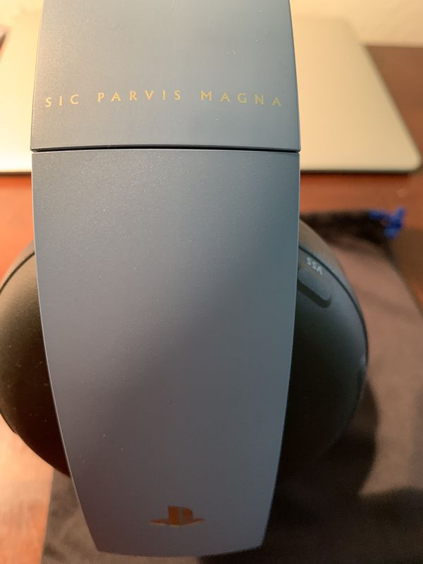 Uncharted 4 Limited Edition PS4 Wireless Headset