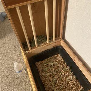 Rabbit Hay Dispenser And Litter Tray Holder for Sale in Phoenix, AZ