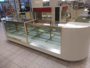 Gold Trim Display Case with Middle Section for Sale in Seaford, DE