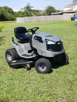 "Craftsman LT2000. Riding Lawn Mower. 20Hp. 42"" Cut. Runs Great for Sale in Gibsonton, FL"