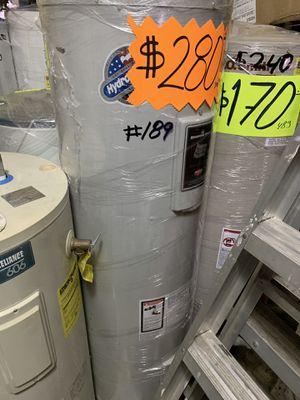 Water heater electrico 50 galones 1 año de garantía for Sale in Vernon, CA