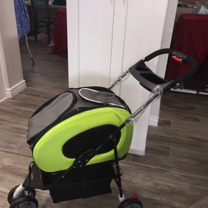 Pet Folding Stroller 5 in 1 Pet Carrier + Backpack + CarSeat + Pet Carrier Stroller + Carriers with Wheels for Dogs and Cats All in ONE for Sale in Phoenix, AZ