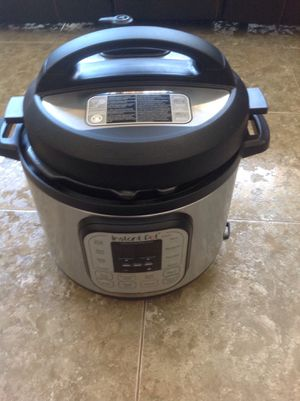 Instant Pot Only Used Once. Like new. for Sale in Compton, CA