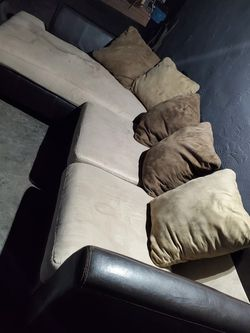 Brown Sectional Couch Need Gone for Sale in Tijuana,  MX