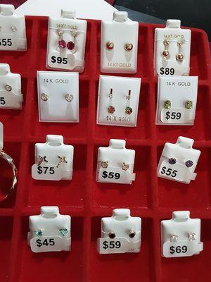 Beautiful chain for women real 10k gold guaranteed ( bella cadena de 10k para mujer) for Sale in Woodbridge, VA