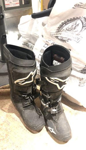 Alpine star tech 10 motorcycle boots for Sale in Gig Harbor, WA