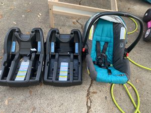 Graco infant car seat for Sale in Baytown, TX