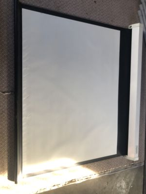 Projector screen Da-Lite 5 X 3.5 feet for Sale in Tukwila, WA