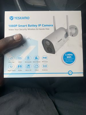 Single wireless security cameras. WiFi and download app for Sale in Dallas, TX