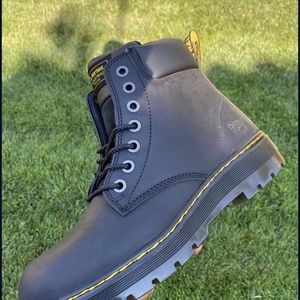 Dr Martins Winch ST Black Wyoming 6inch (Size 11) for Sale in Chino Hills, CA