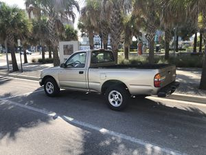 01 Toyota Tacoma for Sale in Tampa, FL