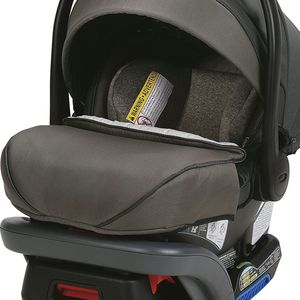 Graco Baby car Seat for Sale in Vernon, CA