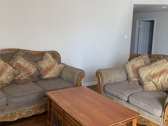 Sofa And Loveseat Living room Set for Sale in Plano,  TX