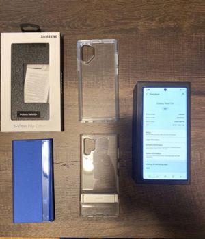 Note 10+ Plus. Factory unlocked. Mint condition w/ box and 3 FREE cases! for Sale in Germantown, MD