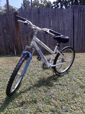 bicicleta ROADMASTER llanta 24 for Sale in Dallas, TX