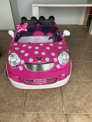 12-volt Minnie Mouse ride on for Sale in Miami, FL
