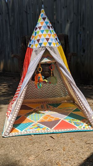 Infantino Teepee for Sale in Dallas, TX