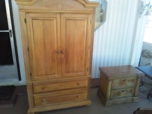 Omwar and night stand for Sale in Apache Junction, AZ