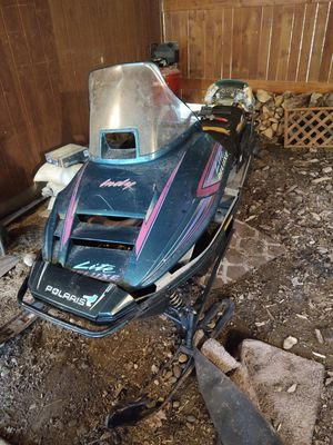 93-95 Polaris indy snowmobile for Sale in Ravensdale, WA