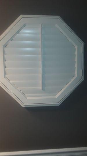 Octagon window shutter for Sale in Niagara Falls, NY