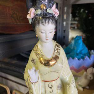 Porcelain Figurine for Sale in Wildomar, CA