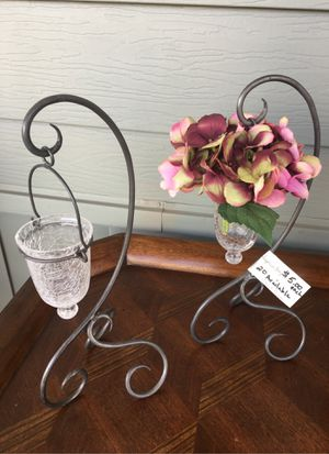 Iron and crackled glass vase for Sale in Riverside, CA