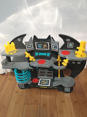 Batman cave toy for Sale in Troutdale, OR
