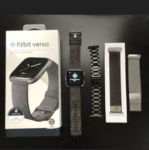 Fitbit Versa Special Edition w/4 additional bands for Sale in St. Peters, MO