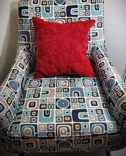 Medium Sized Chair With Red Pillow for Sale in Orlando,  FL