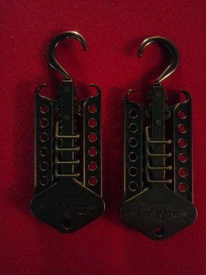 Set of Hook 'n Hang for Sale in Waldorf, MD