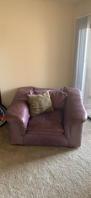 Leather Couch Chair (Purple) for Sale in Wichita, KS