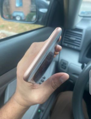 iPhone 8 plus for Sale in Cochranville, PA