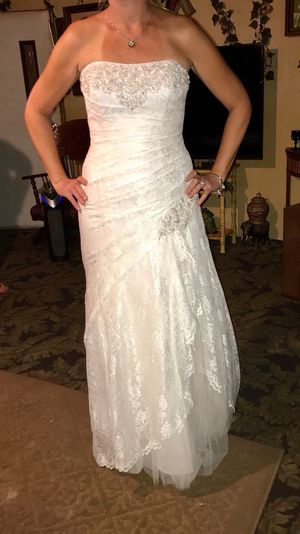 Size 12 Ivory DB Wedding Dress for Sale in Ruskin, FL