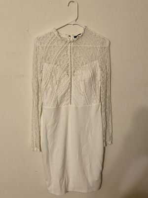 Beautiful lace white dress Size L for Sale in The Bronx, NY