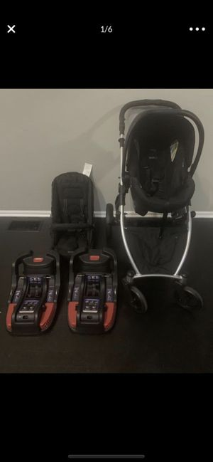Britax B ready 35 car seat, stroller, travel system & base for Sale in Hinckley, OH