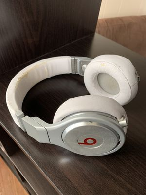 Beats By Dre Pro for Sale in South Pasadena, CA