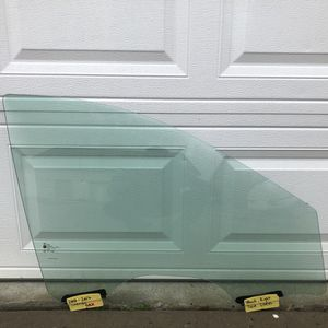 Cadillac SRX(Front,Right) Door Glass(2010-2016) for Sale in Atlanta, GA