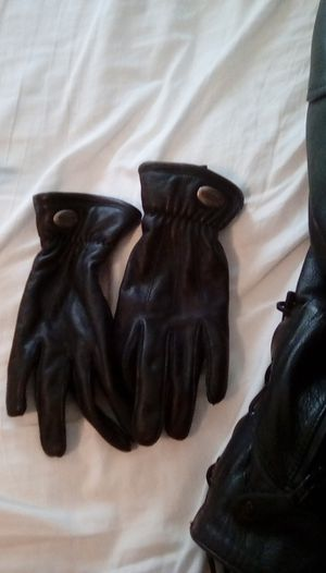 Ladies MD Harley Davidson Leather Gloves for Sale in Falmouth, ME