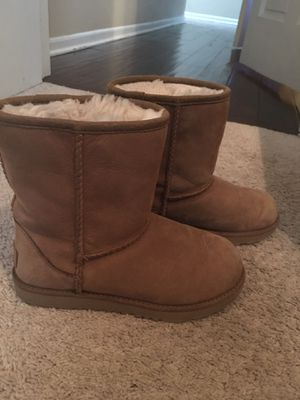 Ugg Boots - Girls size 2 for Sale in Lombard, IL