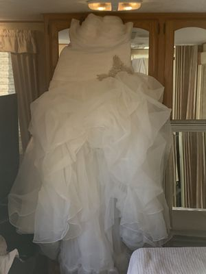 Beautiful wedding dress for sale for Sale in Houston, TX