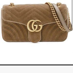 Gucci Marmont velvet for Sale in Des Plaines, IL